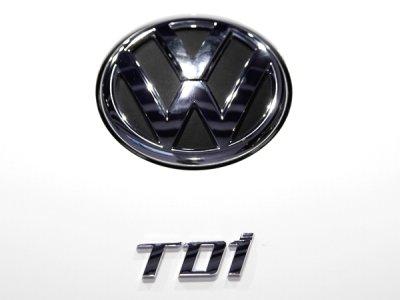 """画像2: VW リアエンブレム """"TDI"""""""